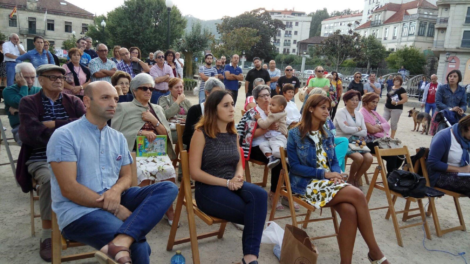 Acto público en Redondela