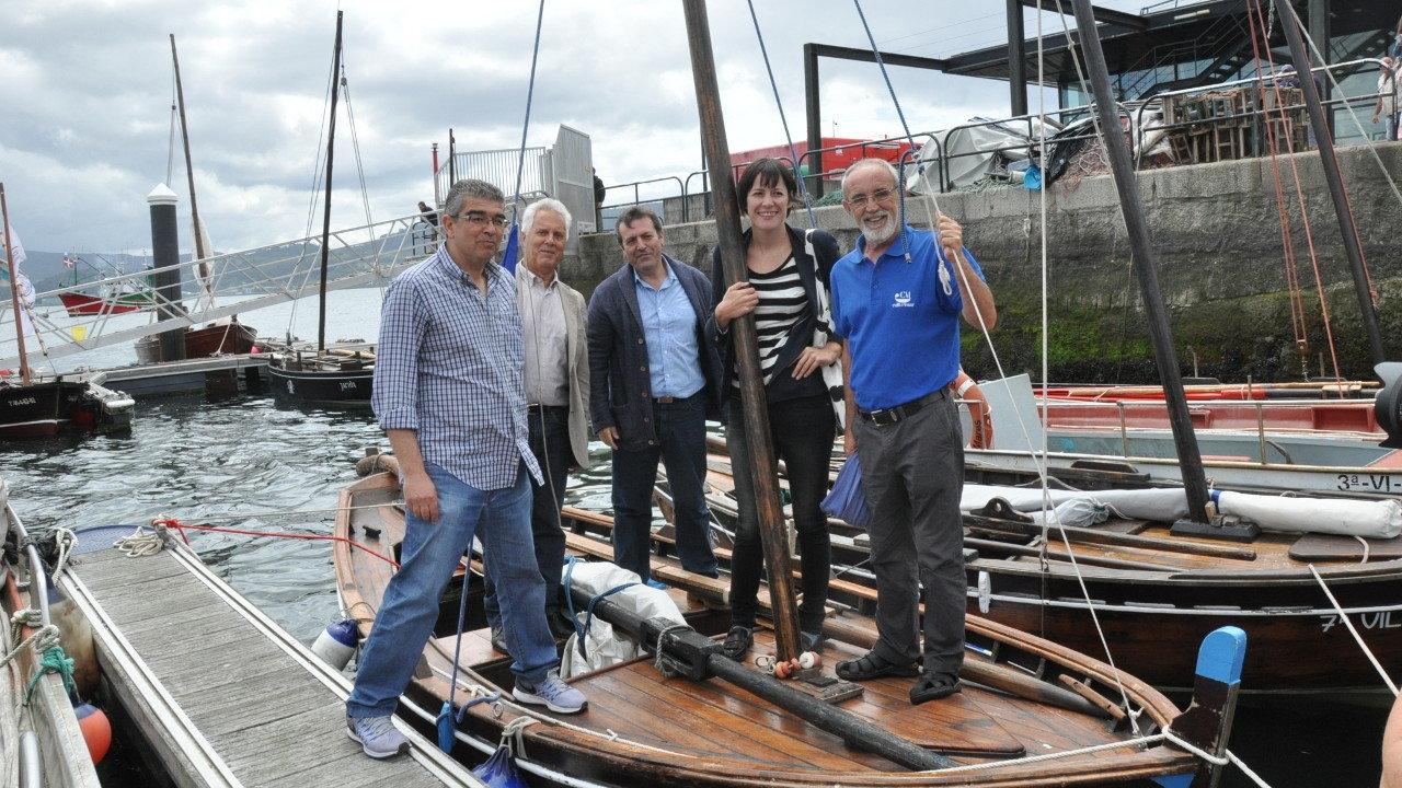 Pontón reivindica o patrimonio marítimo de Galiza na XII edición de embarcacións tradicionais en Combarro