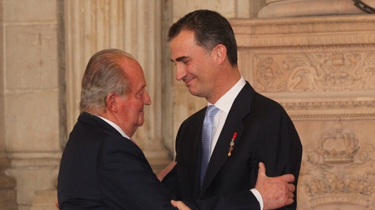Juan Carlos I e Felipe VI (Foto: Casa Real)